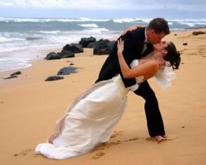 protecting-and-sharing-digital-wedding-photos